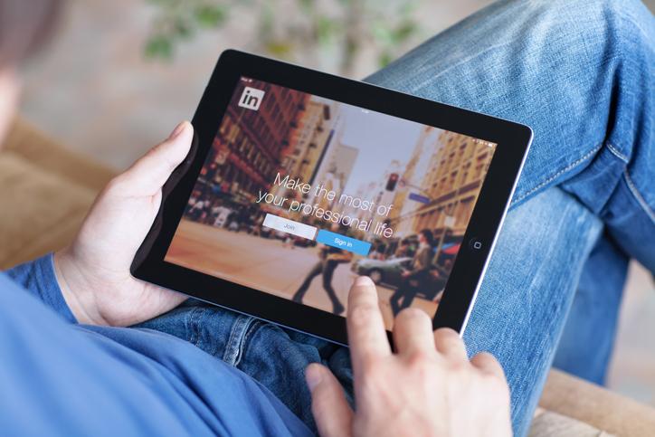 ▷ A new look, LinkedIn Stories… the latest LinkedIn updates!  2020